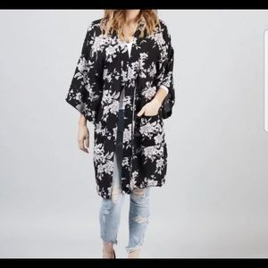 Spiritual Gangster Kimono one size fab fit fun